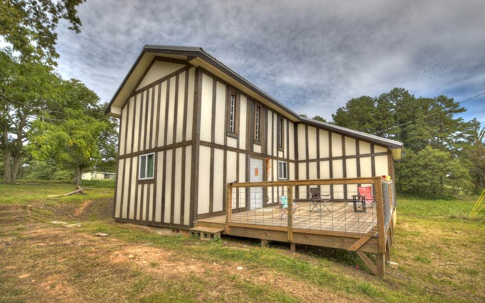 3160 Mobile Rd - Photo 1