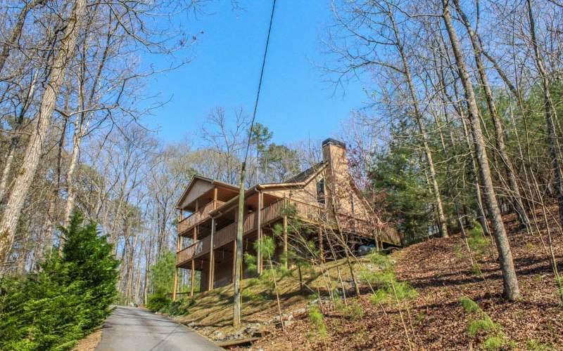 862 Monticello Drive - Photo 1
