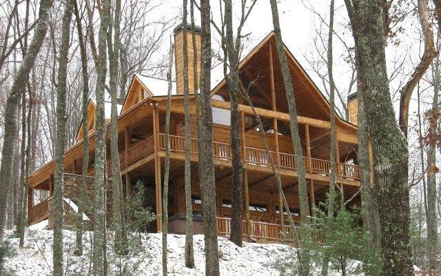 845 The Forest Has Eyes, Blue Ridge, GA 30513 (MLS #272260) :: RE/MAX Town & Country