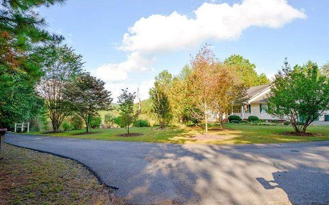 664 Cherokee Trail, Copperhill, TN 37317 (MLS #273392) :: RE/MAX Town & Country