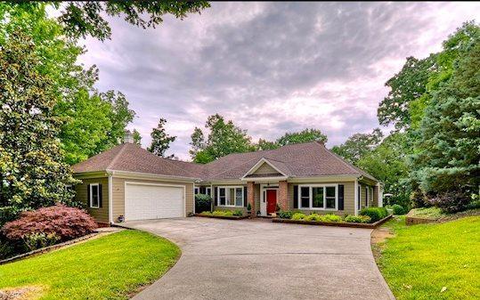 208 Jacob Hunter Lane, Ellijay, GA 30536 (MLS #276135) :: RE/MAX Town & Country