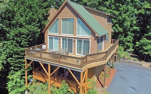 275 Longview Drive, Hayesville, NC 28904 (MLS #277806) :: RE/MAX Town & Country