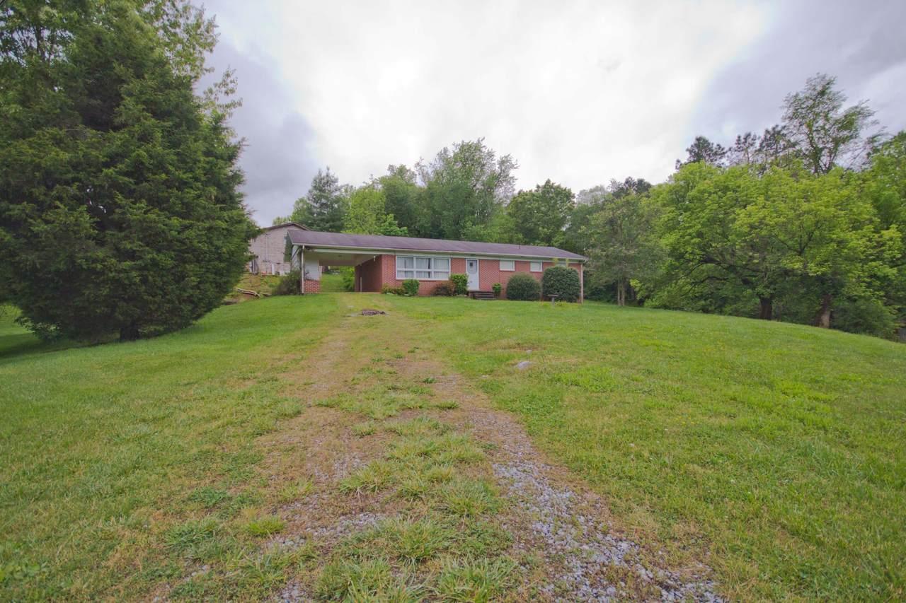 301 Post Oak Drive - Photo 1