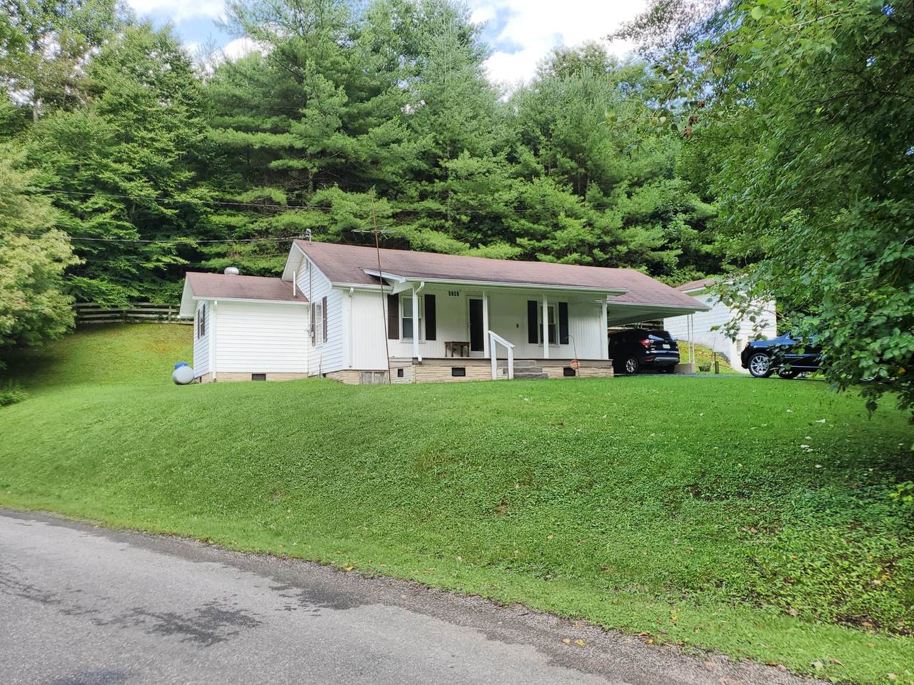 1292 Stage Road - Photo 1