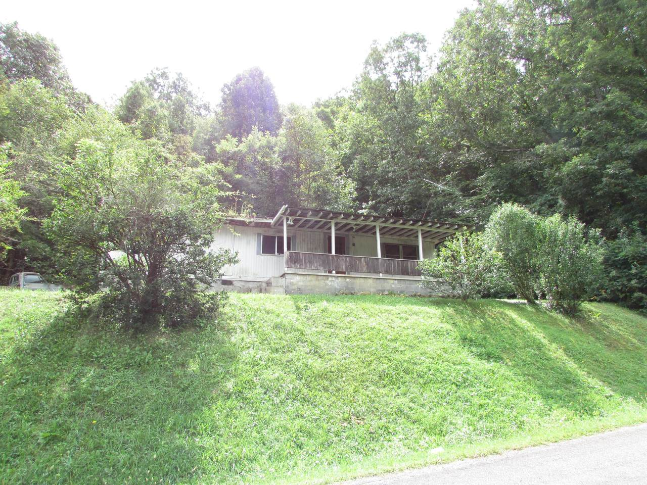 721 Harbin Hill Road - Photo 1