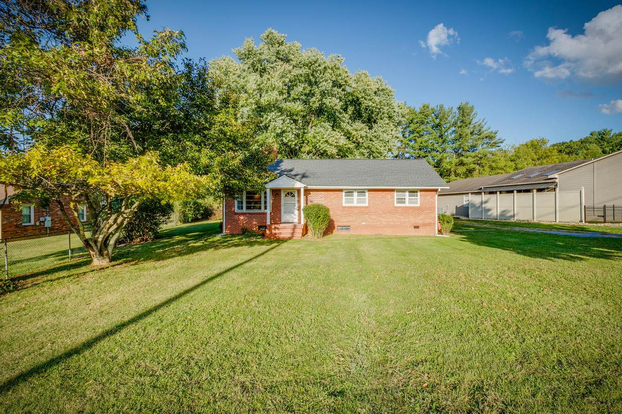 2522 Browns Mill Court - Photo 1