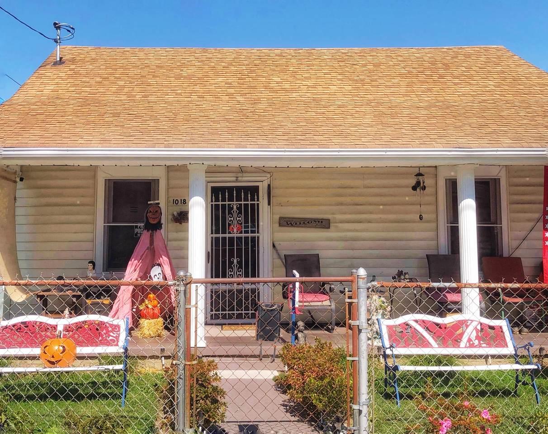 1018 Robertson Street - Photo 1