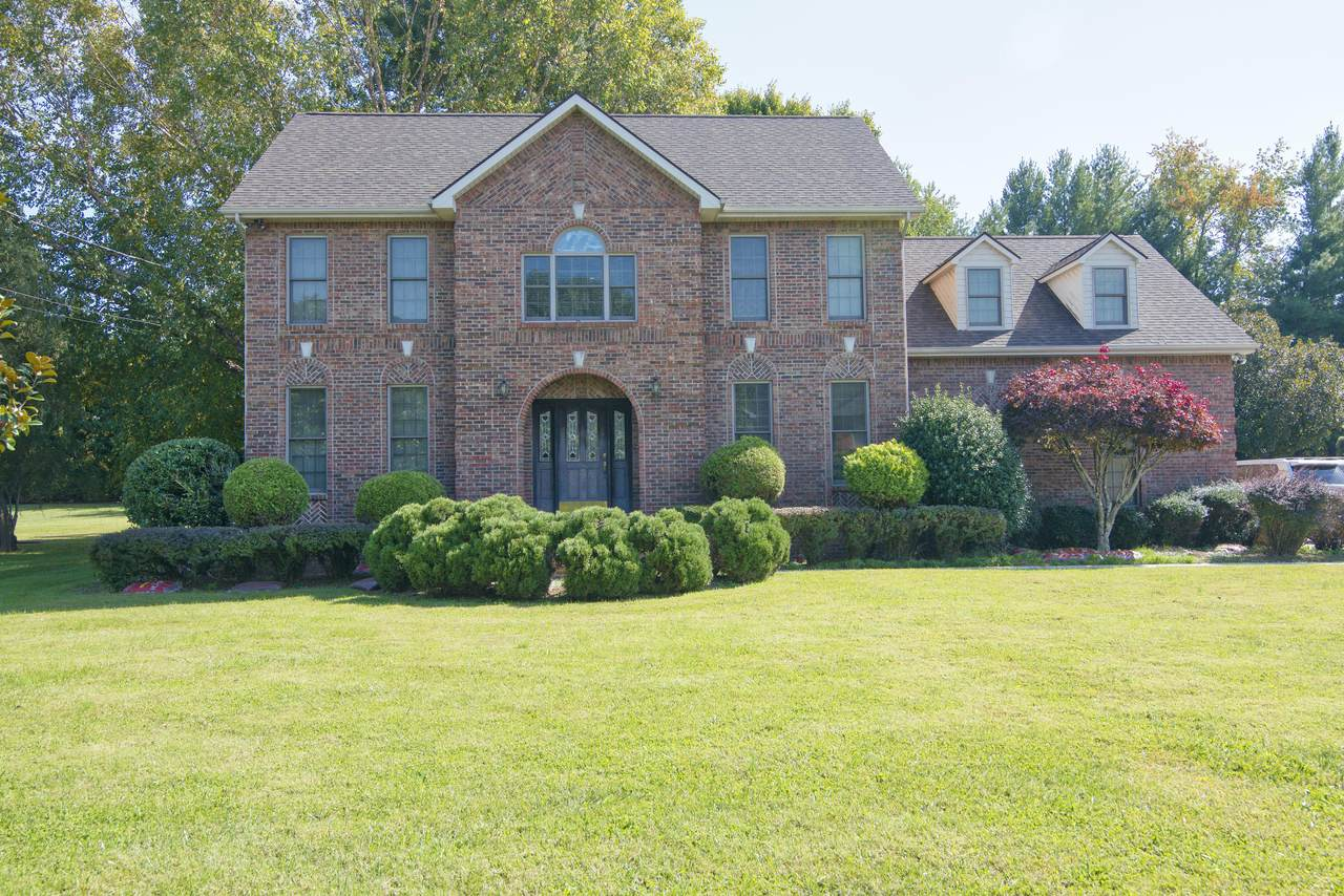 427 Chesterfield Drive - Photo 1