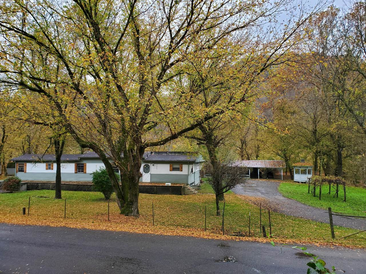 17066 North Fork River Road - Photo 1