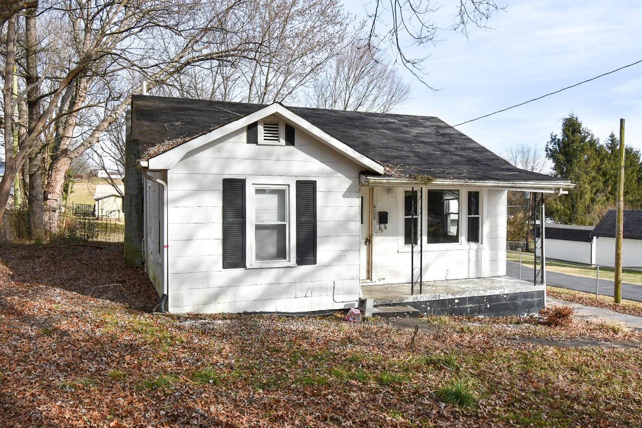 408 N. Armstrong Street - Photo 1