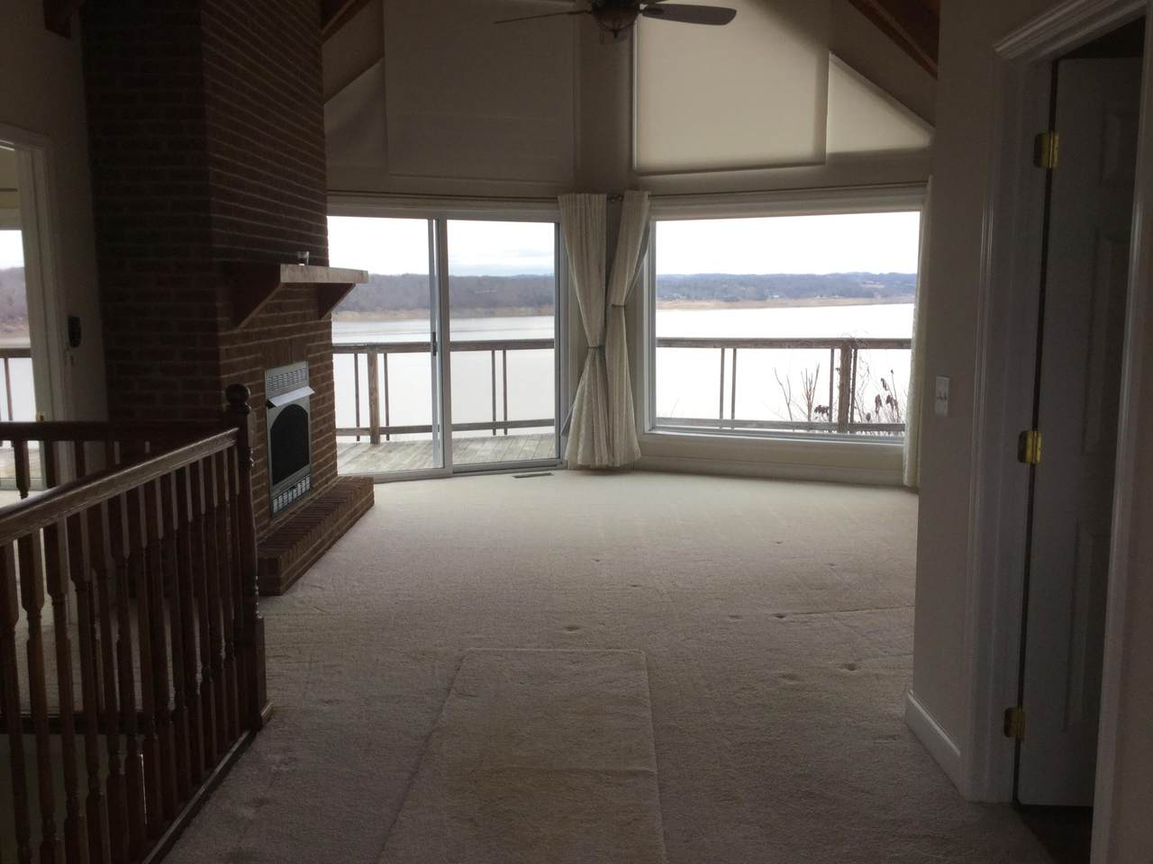 324 Fishtail Cove - Photo 1