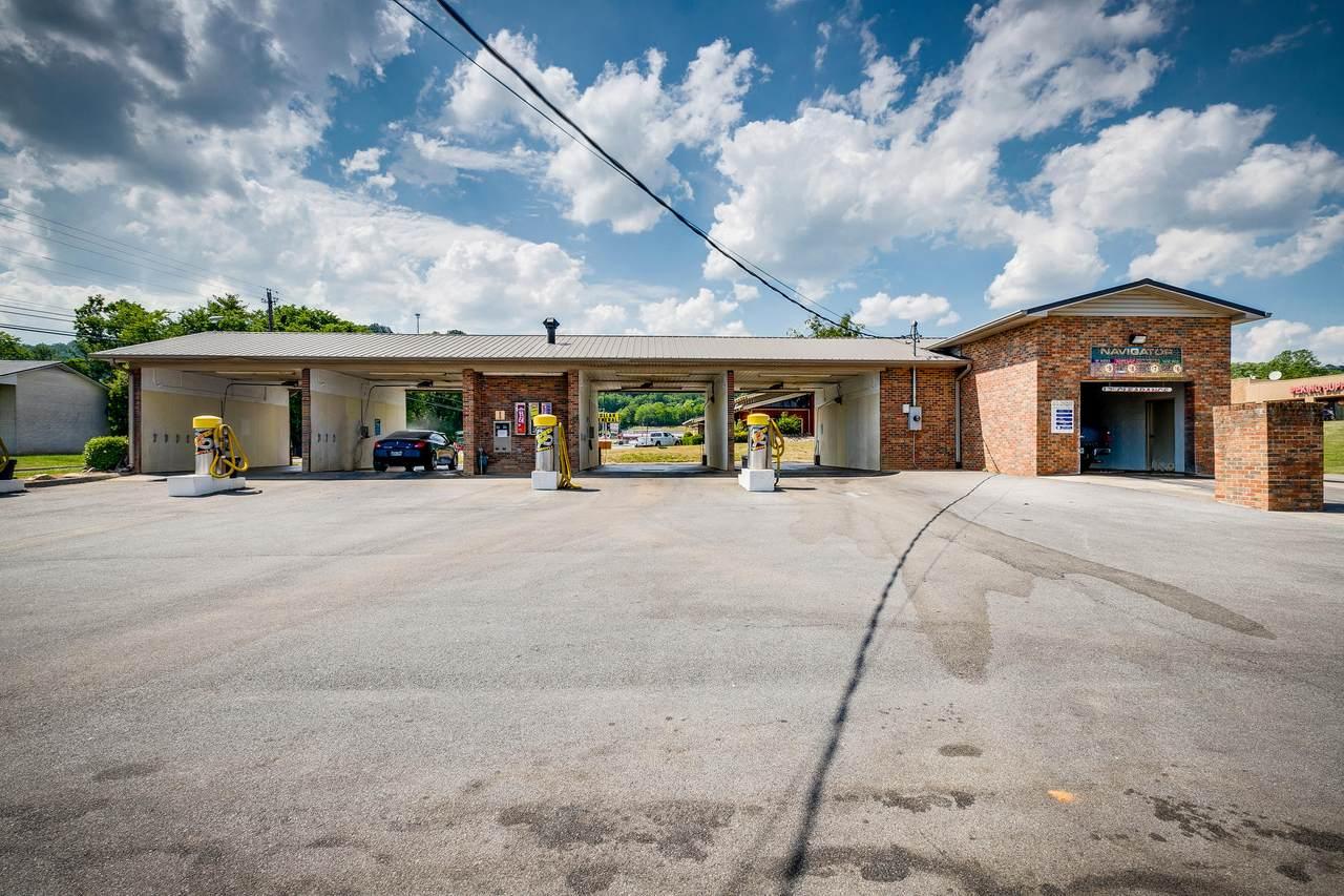 205 Park Boulevard - Photo 1