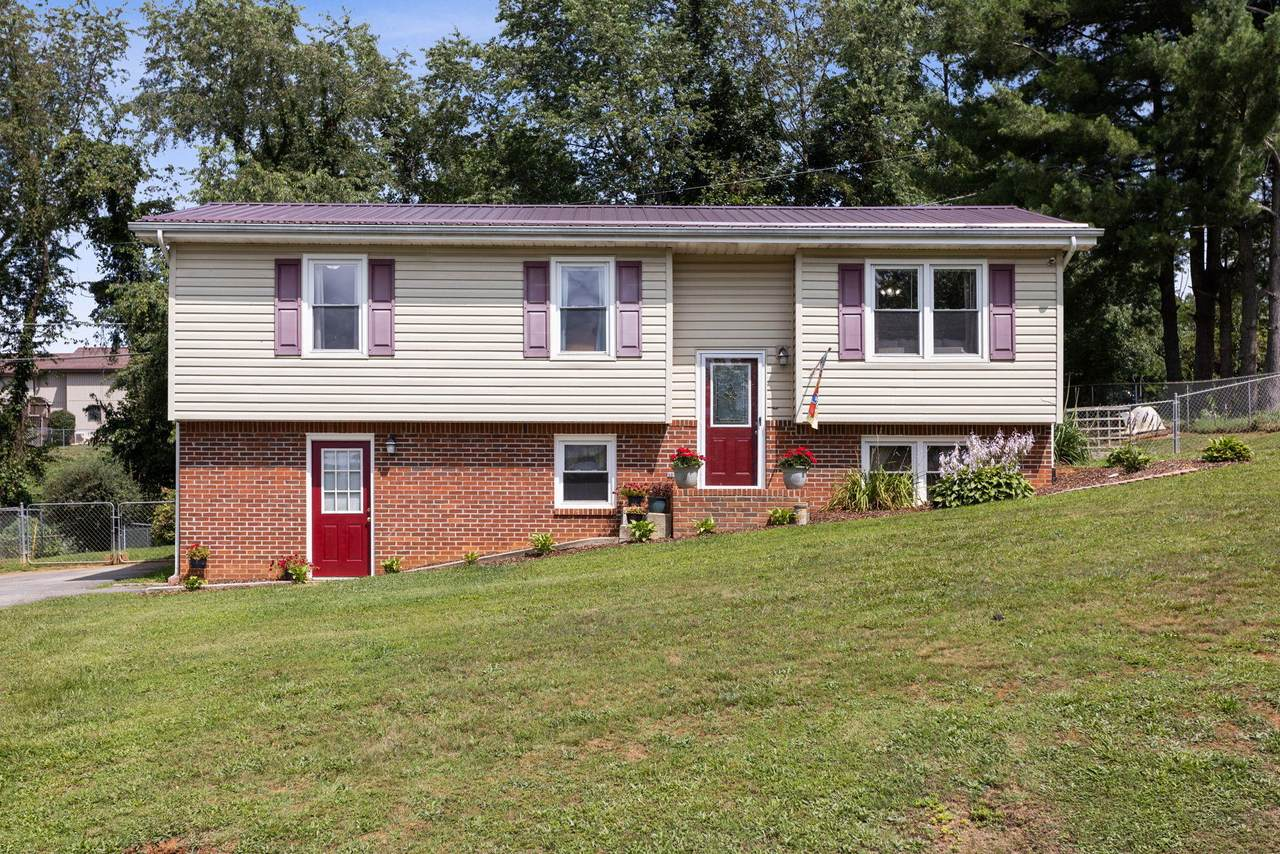 25352 Wexmouth Drive - Photo 1