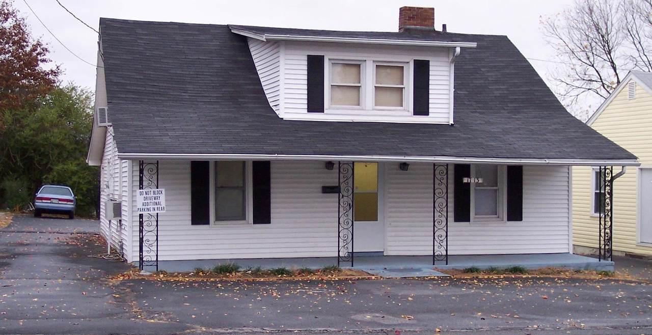 1713 Edgemont Avenue - Photo 1