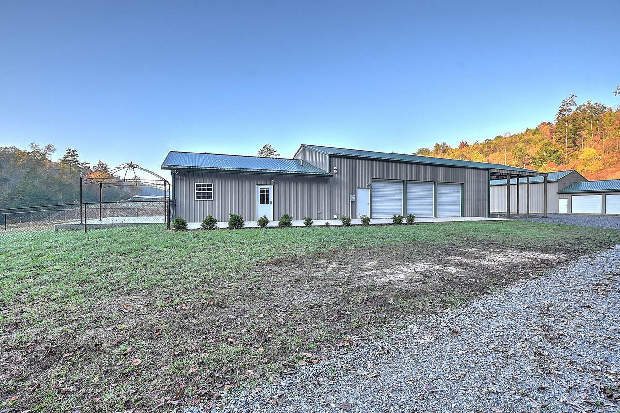 850 Dyer Hollow Road - Photo 1