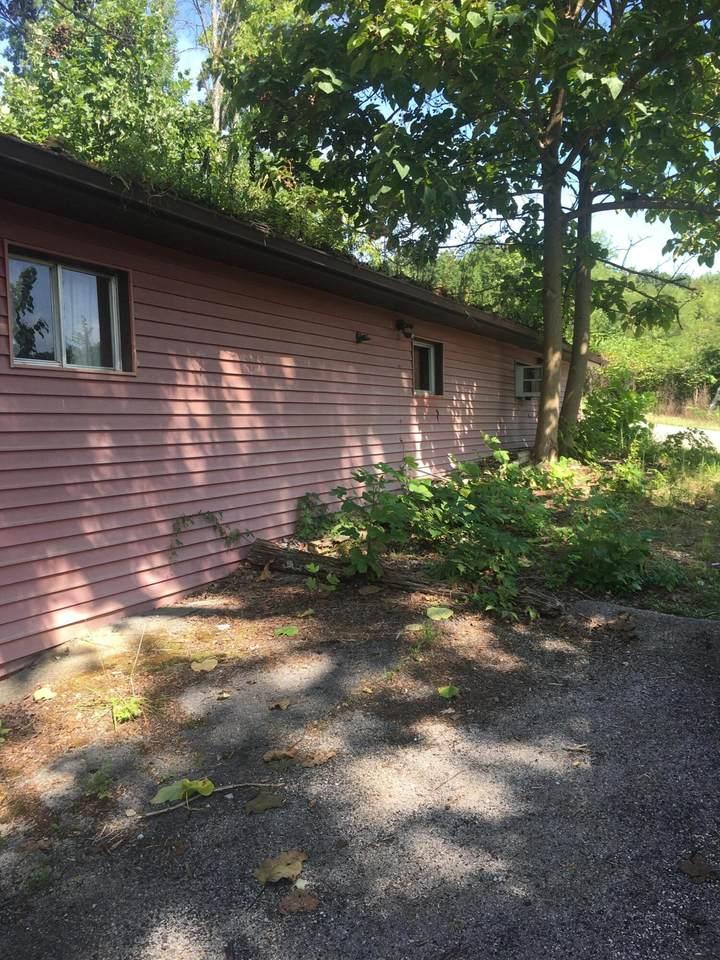 610 Hedge Drive - Photo 1