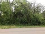 640 Pinewood Circle - Photo 1