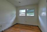 406 Green Valley Road - Photo 18