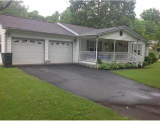 406 Parkway, Elizabethton, TN 37643 (MLS #392193) :: Conservus Real Estate Group