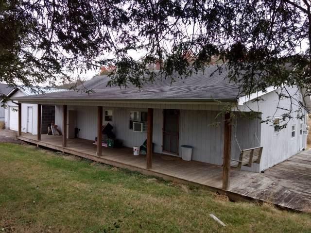 213 Old Oak Lane, Bluff City, TN 37618 (MLS #9902591) :: Highlands Realty, Inc.
