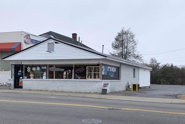 1229 State Street, Bristol, VA 24201 (MLS #9902609) :: The Lusk Team