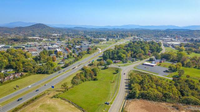 2340 Peoples Street, Johnson City, TN 37604 (MLS #9914541) :: Bridge Pointe Real Estate