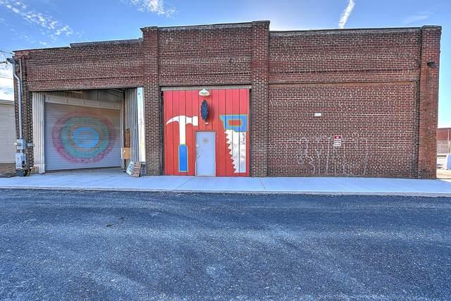 224 Market Street, Johnson City, TN 37604 (MLS #9914672) :: The Lusk Team