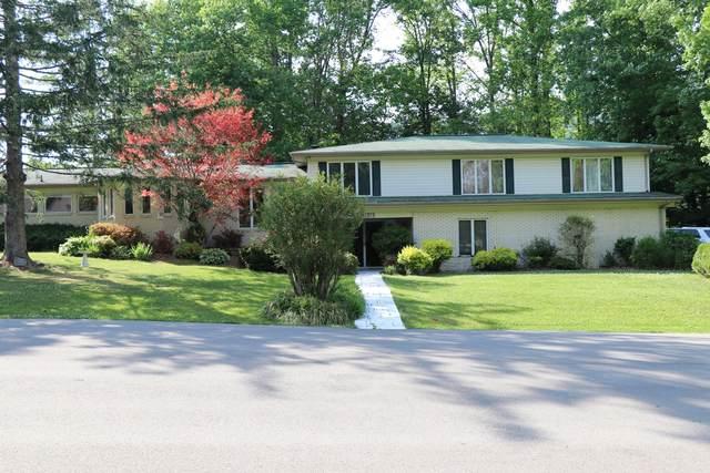 1315 Oakwood Circle, Big Stone Gap, VA 24219 (MLS #9923708) :: Red Door Agency, LLC