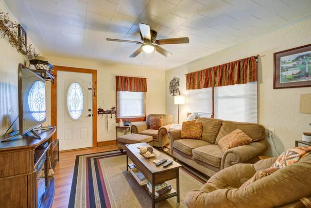 304 Highview Avenue, Kingsport, TN 37665 (MLS #9926229) :: Highlands Realty, Inc.