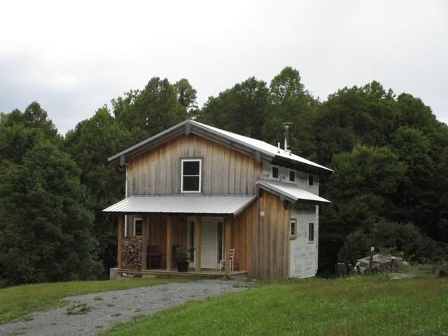 106 Wilderness Road, Unicoi, TN 37692 (MLS #9928833) :: Red Door Agency, LLC