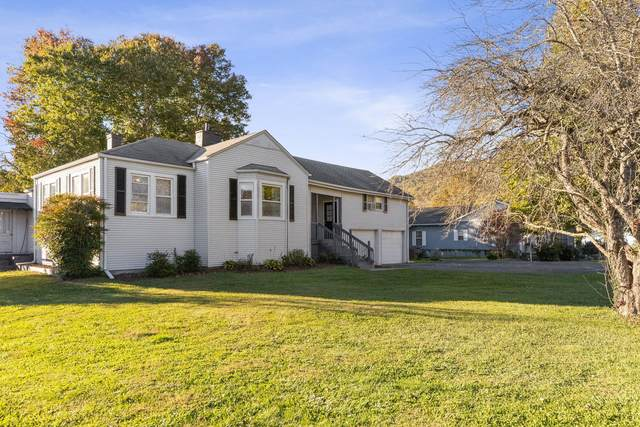 318 Main Street, Roan Mountain, TN 37687 (MLS #9930169) :: Red Door Agency, LLC