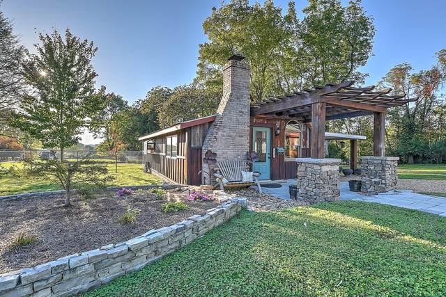 935 Lake Dr. Drive, Johnson City, TN 37601 (MLS #9930231) :: Highlands Realty, Inc.