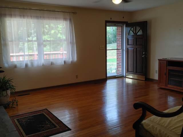 425 Omaha Road, Bristol, VA 24201 (MLS #9926349) :: Red Door Agency, LLC