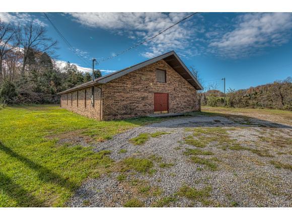 1394 Chestnut Ridge Circle N/A, Castlewood, VA 24224 (MLS #370000) :: Highlands Realty, Inc.