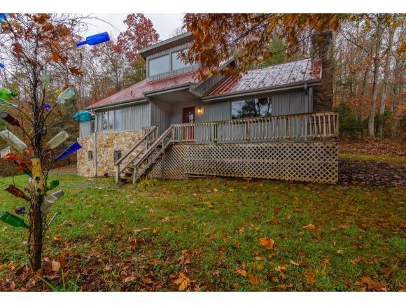 399 Hilton Rd, Gate City, VA 24251 (MLS #370048) :: Highlands Realty, Inc.