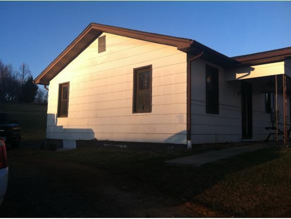 454 Meadowview Road, Bristol, TN 37620 (MLS #386340) :: Highlands Realty, Inc.