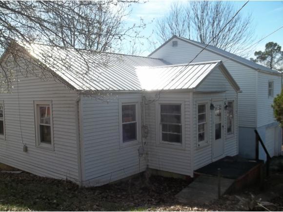 136 Blue Bell, Kingsport, TN 37660 (MLS #388172) :: Highlands Realty, Inc.