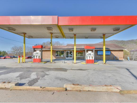 4025 Unicoi Drive -, Unicoi, TN 37692 (MLS #388700) :: Conservus Real Estate Group