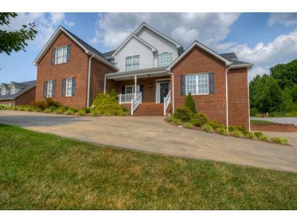 1201 Sussex Drive, Kingsport, TN 37660 (MLS #393442) :: Highlands Realty, Inc.
