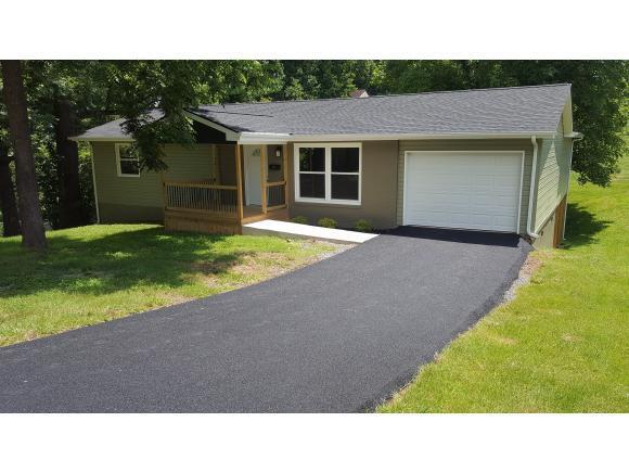 1933 Sand Street, Kingsport, TN 37660 (MLS #393735) :: Highlands Realty, Inc.