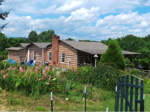 989 Highridge Drive, Kingsport, TN 37664 (MLS #393737) :: Highlands Realty, Inc.