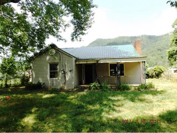 630 First Street, Hampton, TN 37658 (MLS #393770) :: Highlands Realty, Inc.