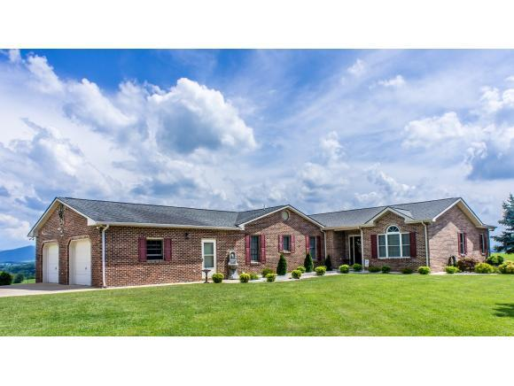 649 Pigeon Creek Road, Greeneville, TN 37743 (MLS #394141) :: Highlands Realty, Inc.