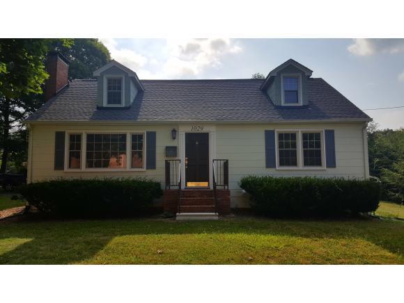 1029 Long Crescent Dr, Bristol, VA 24201 (MLS #394500) :: Conservus Real Estate Group