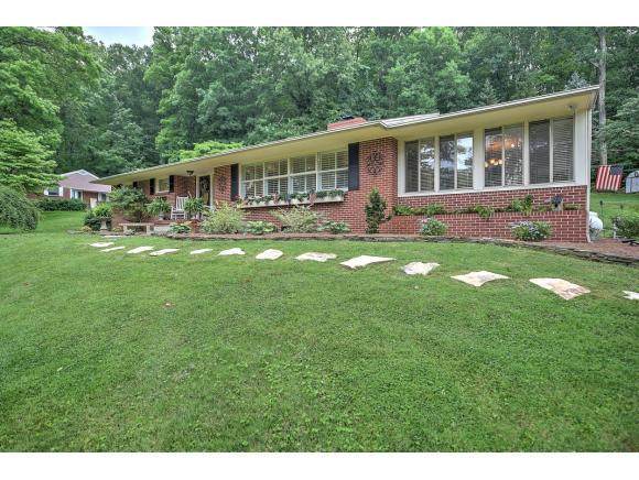 4525 Stagecoach Rd, Kingsport, TN 37664 (MLS #396759) :: Highlands Realty, Inc.
