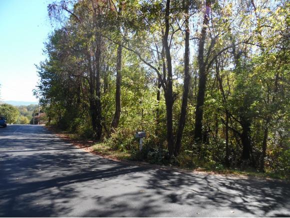 1404 Stoneybrook Drive, Johnson City, TN 37601 (MLS #397964) :: Conservus Real Estate Group