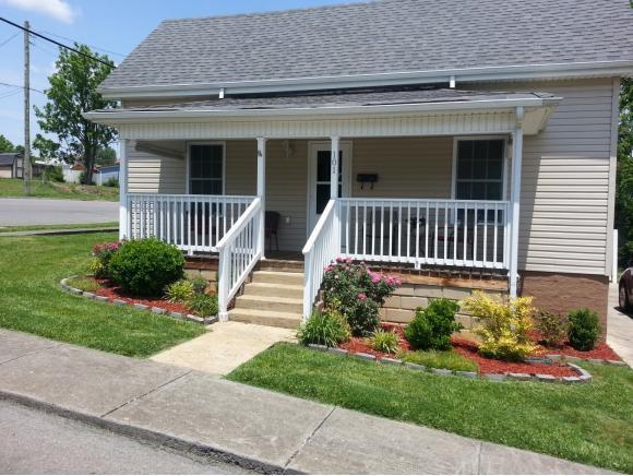101 E. Mary St, Bristol, VA 24201 (MLS #398446) :: Conservus Real Estate Group