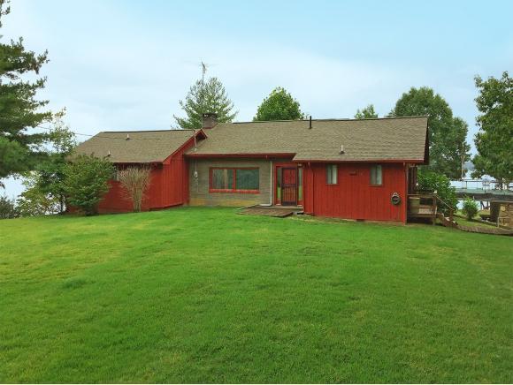 1450 Bucks Point Way, Dandridge, TN 37725 (MLS #398642) :: Highlands Realty, Inc.