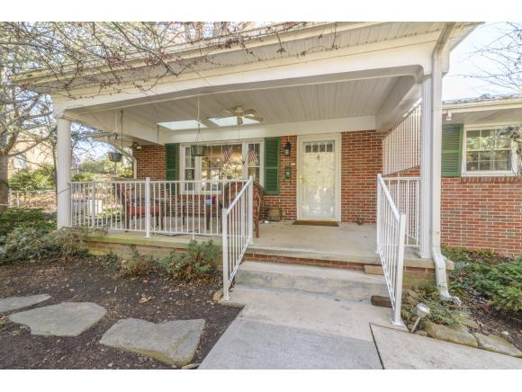 188 Hillside Drive NE, Abingdon, VA 24210 (MLS #400159) :: Highlands Realty, Inc.