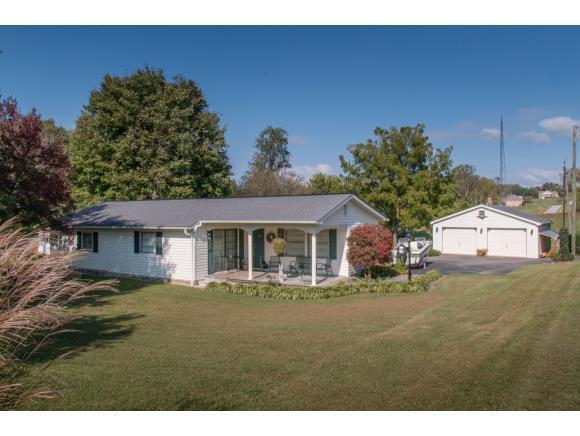 23224 Shoreline Drive, Abingdon, VA 24211 (MLS #400395) :: Highlands Realty, Inc.